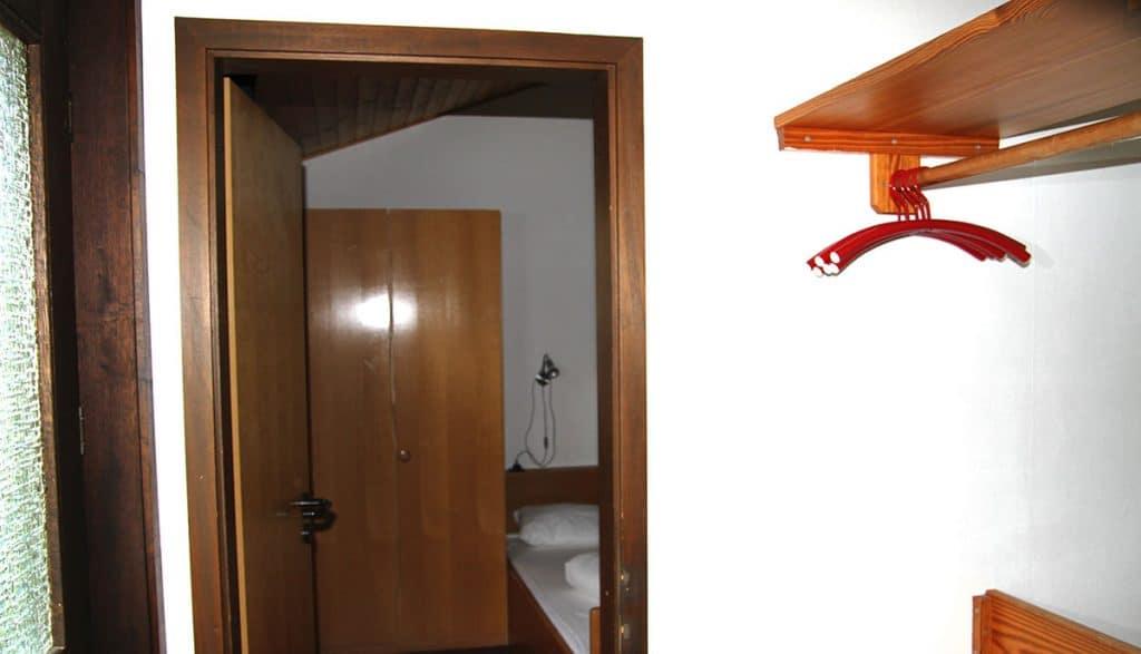 Blick ins Schlafzimmer 1 Haus 93 Feriendorf Öfingen Haus Mohnblume