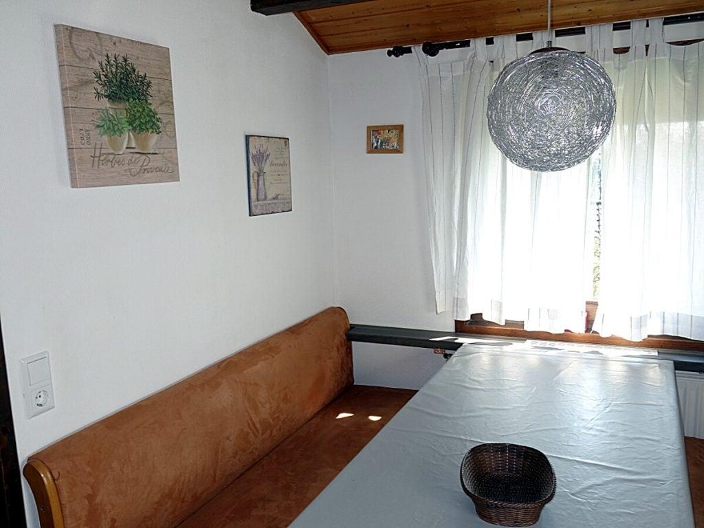 Sitzecke Essplatz Haus Mohnblume Haus 93 im Feriendorf Öfingen