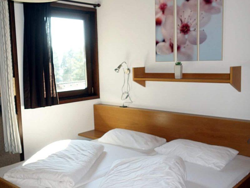 Schlafzimmer 2 Haus 93 Feriendorf Öfingen Haus Mohnblume