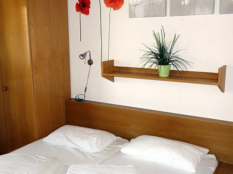 Schlafzimmer 1 Haus Mohnblume Haus 93 Feriendorf Öfiingen